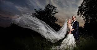 wedding photographer let your photographs speak hire a professional wedding