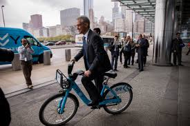divvy map chicago emanuel divvy a bigger threat to cabbies than uber chicago tribune