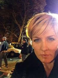 amy carlson new short haircut on blue bloods amy carlson theamycarlson twitter blue bloods tv s
