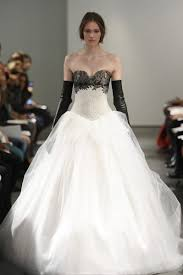 Whimsical Wedding Dress The 16 Most Whimsical Wedding Dresses From Bridal Week Racked