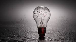 Creative Wallpaper by Glass Bulb In Drops Of Water Wallpapers And Images Wallpapers