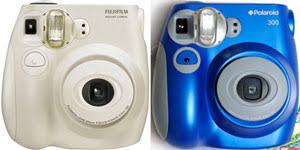 polaroid instant 300 polaroid brand instant cameras are back techlicious