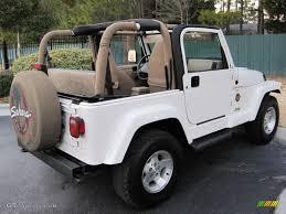 Stone White 2001 Jeep Wrangler Sahara 4x4 Exterior Photo 43429941