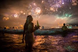 New Years Eve Traditions How New Year U0027s Eve Is Celebrated In 7 Different Countries