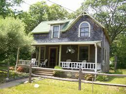 oak bluffs cottage a short walk to the homeaway oak bluffs
