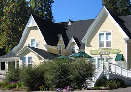California Bed And Breakfast Mccloud River Inn Rooms U0026 Rates A Bed And Breakfast Inn Located