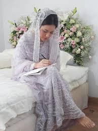 wedding dress raisa serba putih indahnya kamar pengantin raisa dan hamish daud