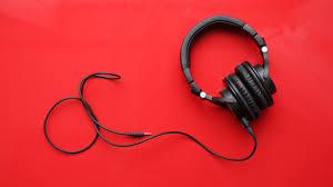 amazon com audio technica ath amazon knocks 40 off refurbished audio technica ath m50x studio