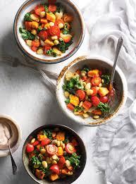 cuisiner feves salade aux patates douces aux fèves de lima au kale et aux tomates
