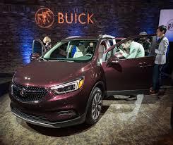 buick encore 2017 buick encore gets sculpted leds and latest tech autoevolution