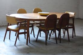 Mid Century Modern Dining Room Table Dining Room Mid Century Dining Chairs With White Cushions And