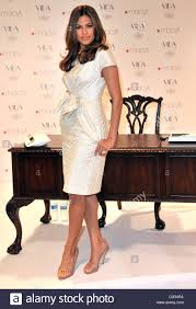 Macys Home Decor Actress Eva Mendes Launches Her New Home Decor Line U0027vida U0027 At