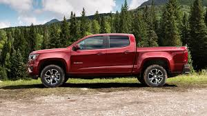 2017 chevrolet colorado gets v6 engine upgrade eight speed