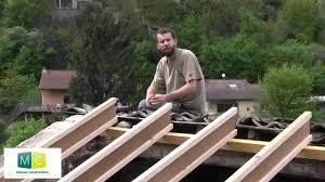modele veranda maison ancienne rénovation toiture refaire une toiture ancienne charpente et