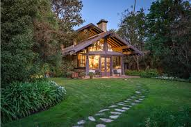 Craftsmen Home Brentwood Craftsman Home With Gorgeous Views For Sale