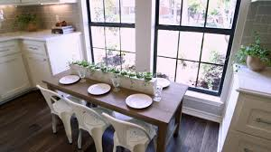 80s Interior Design Stately In White From U002780s To Elegant Fixer Upper Hgtv