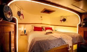 chambres d hotes canal du midi péniches hôtels péniches dormir office de tourisme du canal