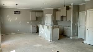colors that go with gray walls gray cabinets with gray walls