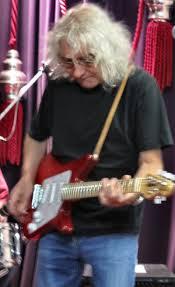 Basement Discs Melbourne - cat politics iconic guitar maestro albert lee at basement discs