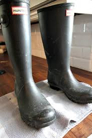 dirty riding boots how to clean your hunter boots the creek line house