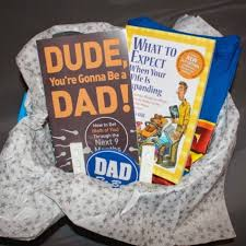pregnancy gift ideas make an adorable pregnancy announcement gift basket pregnancy