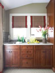 Staining Kitchen Cabinets Darker by Best 25 Stain Kitchen Cabinets Ideas On Pinterest Staining