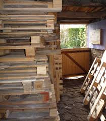 three ways to dismantle pallets to obtain free wood for carpentry