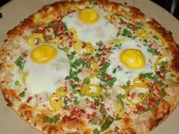 cuisine du monde facile recette facile de pizza aux œufs fait maison