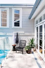8 tips on how to create a luxury beach house