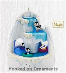 2010 frosty falls penguins hallmark keepsake magic ornament