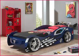 chambre enfant formule 1 lit enfant avec lit voiture ferraricar meubles jem avec