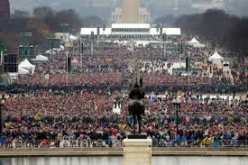 picture of inauguration crowd trump called national park service head to dispute crowd photos