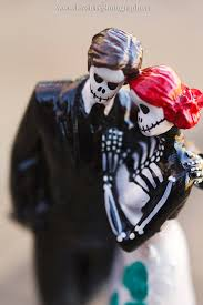 skeleton wedding cake toppers rockabilly wedding cake topper skeleton and groom