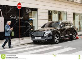 bentley bentayga render bentley bentayga on paris streets editorial photography image