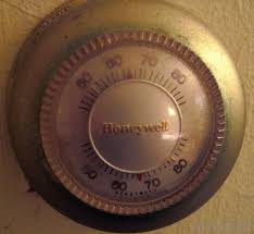 how does a thermostat work with pictures