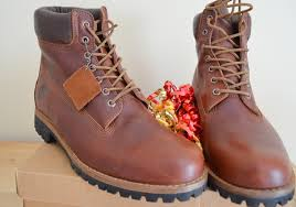 green gift idea for him timberland earthkeepers boots