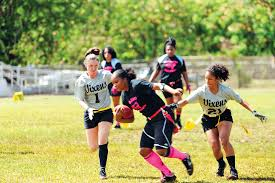 Flags In Hawaii Female Flag Football Players Create A Hawaii Gridiron League Of