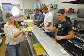 combat the hunger by become soup kitchen volunteer 2planakitchen