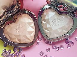 love light prismatic highlighter too faced love light prismatic highlighter musings of a makeup junkie
