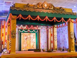 Wedding Stage Decoration Wedding Decorators In Chennai Best Mandapam Stage Flower Decors