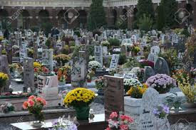Graveside Flower Vases Many Tombs And Gravestones With Flower Vases In A European