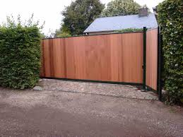 portail pour maison pas cher portail coulissant bois pas cher portail alu bois salon deco