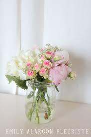 composition florale haute centre de table bohème bocal le parfait hortensia roses