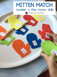 mitten match number and fine motor skills the kindergarten