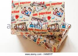 one direction wrapping paper christmas shoeboxes wrapped in wrapping paper with donald duck