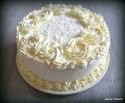 rainbow cake hervé cuisine rainbow cake à la noix de coco le sucré sur mon