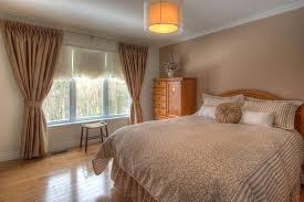 chambre sous sol fenetre chambre chambre avec fenetre lucarne fenetre chambre au