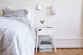 Guest Bedroom Essentials - 14 guest room essentials to make sure your visitors feel at home
