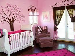idée déco pour chambre bébé fille chambre décoration chambre de bébé fille chambres de fille roses