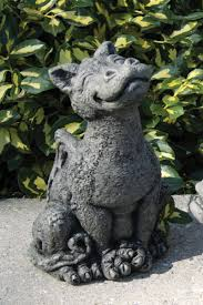 lorri statue concrete friendly by